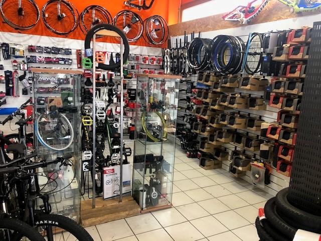 Lovehurts Bikeshop Übersicht